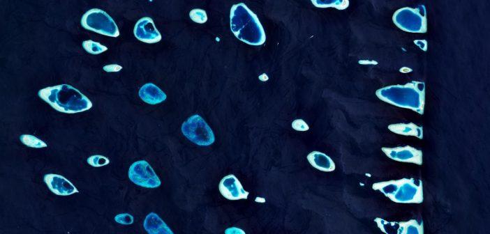 Część archipelagu Malediwy (Ari) okiem satelity Sentinel-2. Zdjęcie z 2019 roku/ Credits - Copernicus Sentinel data (2019), processed by ESA, CC BY-SA 3.0 IGO