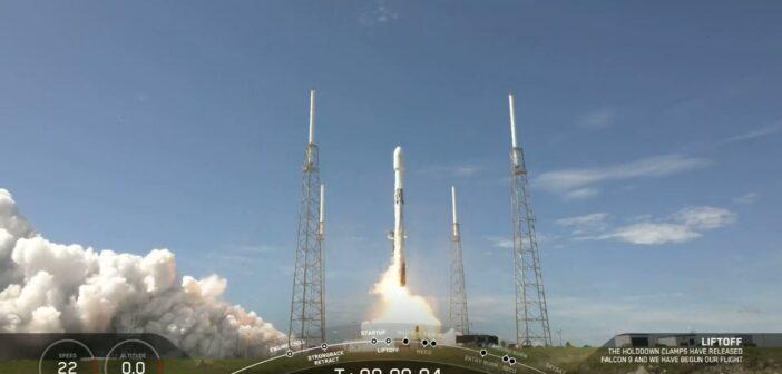 Start rakiety Falcon 9 z jedenastą paczką satelitów Starlink / Credits - SpaceX