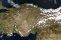 Zdjęcie Turcji z kwietnia 2004, wykonane przez satelitę Terra / Credits - NASA