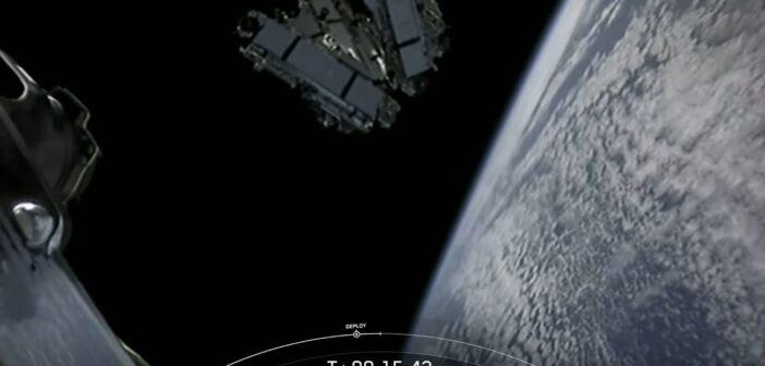 Dwunasta paczka satelitów Starlink tuż po uwolnieniu / Credits - SpaceX