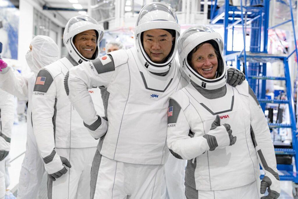 Victor Glover, Soichi Noguchi i Shannon Walker podczas treningu do misji / Credits - NASA