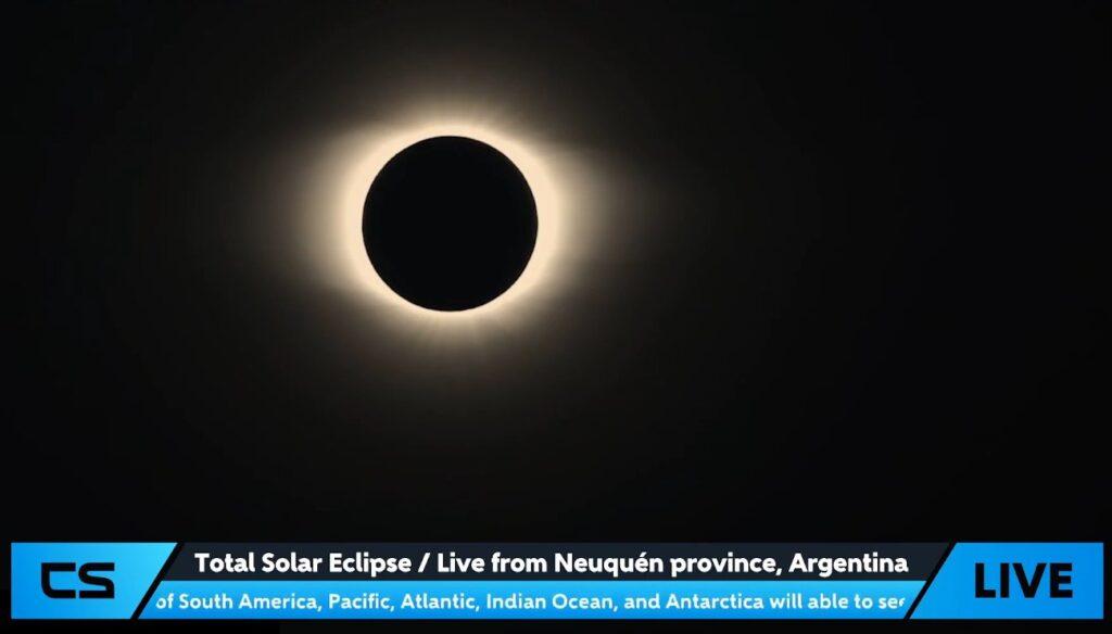 Faza całkowita zaćmienia Słońca z 14.12.2020 - obserwacja z Argentyny / Credits - CosmoSapiens
