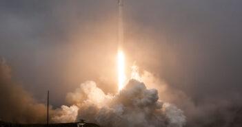 Start rakiety Falcon 9 z misją Jason-3 (Źródło: SpaceX)
