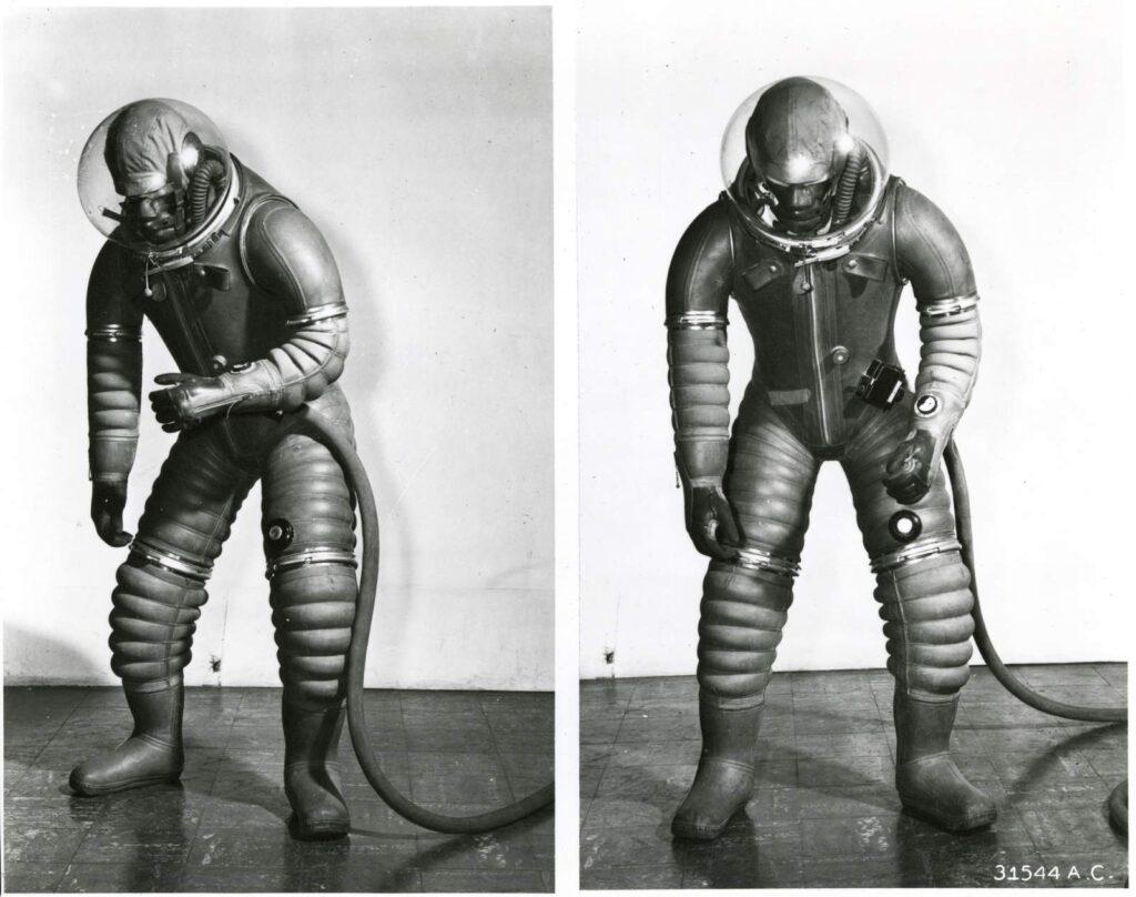 XH-5 tomato worm suit firmy Goodrich