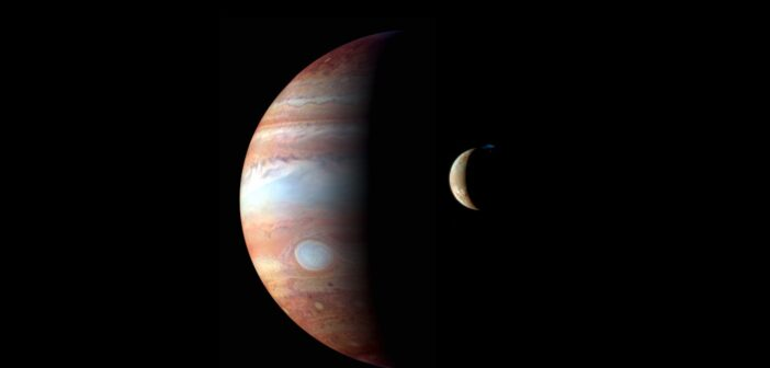 Jowisz i Io - obserwacje na zakresie podczerwieni wykonane przez sondę New Horizons (po drodze do Plutona) / Credita - NASA/JHU/APL