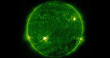 Faza maksymalna rozbłysku klasy M1.1 z grupy 2816 / Credits - NASA, SDO