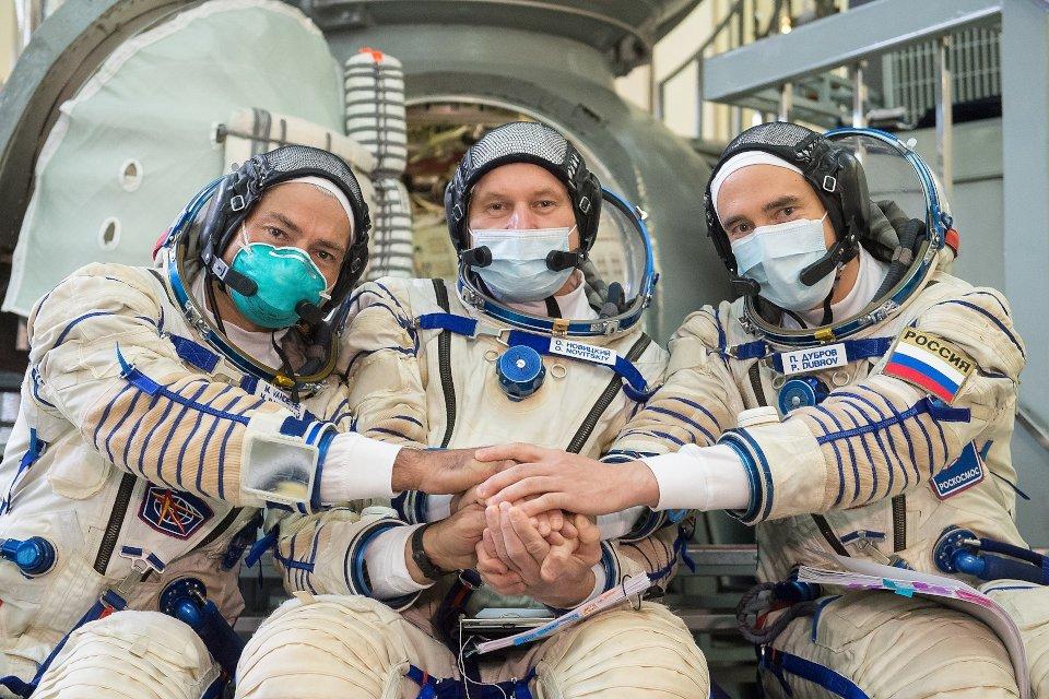 Załoga Sojuza MS-18 / Credits - NASA/GCTC/Andrey Shelepin