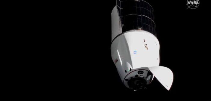 Dragon CRS-22 dotarł do ISS