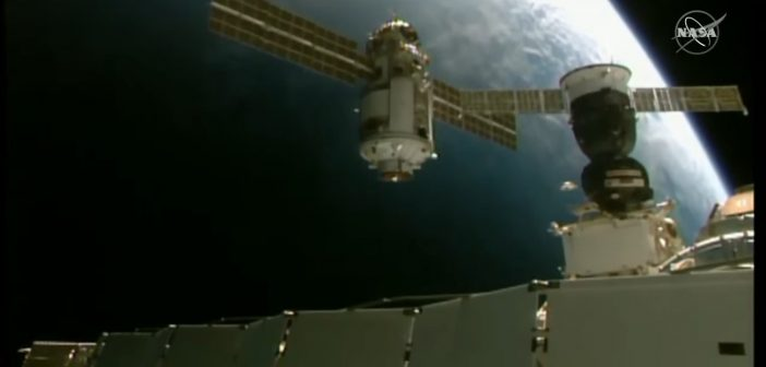 MLM Nauka zbliża się do ISS / Credits - NASA TV